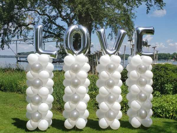 Do you need some special balloon columns for your event or wedding? Let us custom make them for you using your favorite colors.